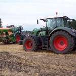 AGRAVIS Fendt Schlepper in Aktion